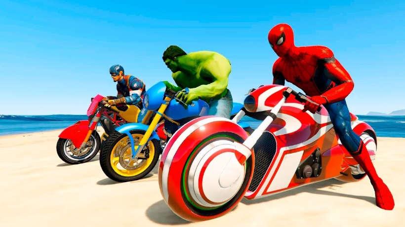 Innovación en motos de superheroes